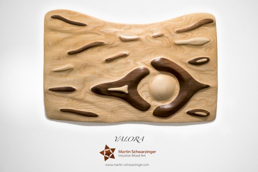 Intuitives Holzkunstwerk - Valora
